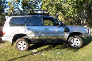 """2"""" Inch Bilstein Airbag Lift Kit fitted to a Toyota Landcruiser 100 Series"""