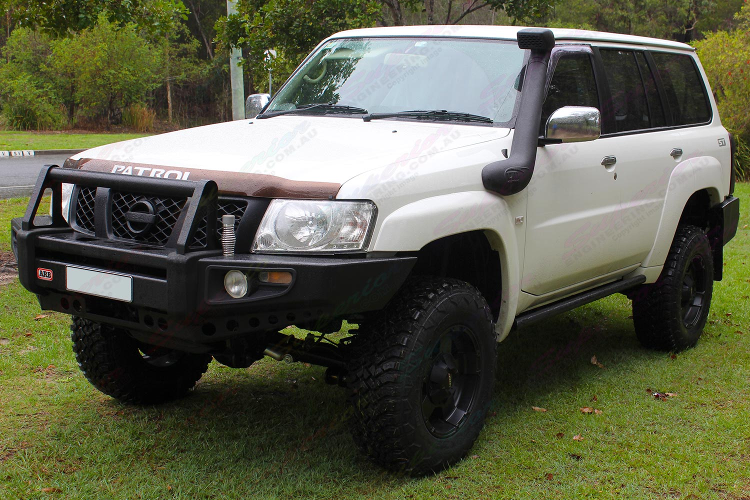 Nissan Patrol GU Wagon fitted with a 3 inch Superior Lift kit and Airbag Man suspension kit